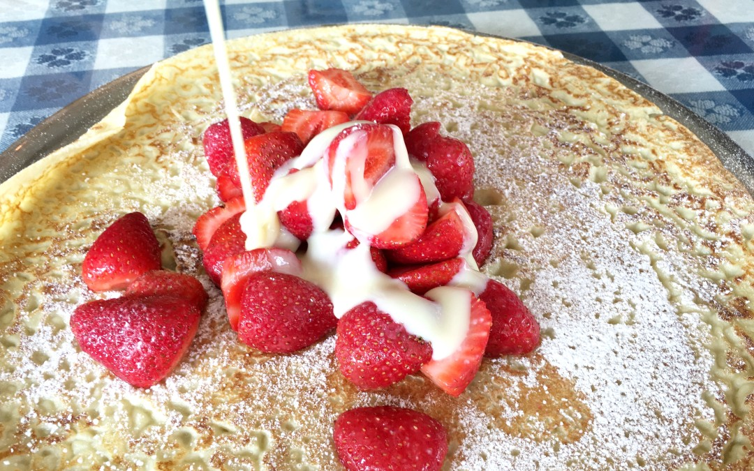 Nuevo Panqueque: Fresas con Leche Condensada